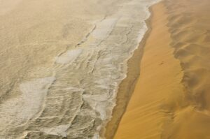 Wüste trifft auf Atlantik, Skelettküste, Namibia