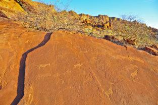 Felszeichnungen von Twyfelfontain, UNSECO-Weltkulturerbe, Damaraland, Namibia