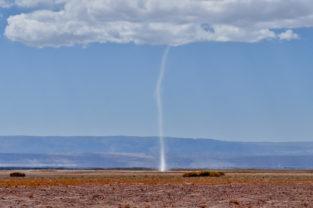 Beginn eines Wirbelsturms, Atacama-Wüste, Chile