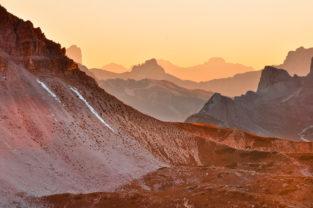 Sextner Dolomiten nach Sonnenuntergang, Südtirol, Italien