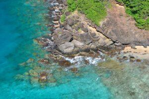 Strand auf Young Island, St. Vincent & Grenadinen, Kleine Antillen, Karibik