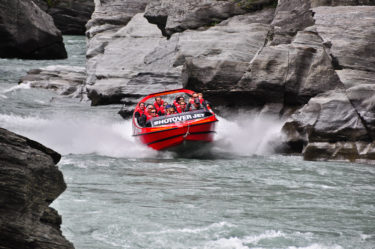 Speedboating in den Canyons des Shotover River, Neuseeland