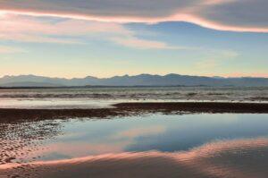 Wattstrand in der Tasman Bay, Südinsel, Neuseeland