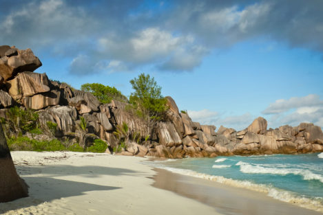 Strand in der Grand Anse, La Digue, Seychellen