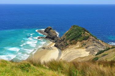 Einsamer Strand am Cape Reinga, Neuseeland