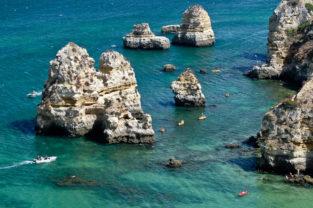Strandleben an der Goldküste bei Lagos, Algarve, Portugal