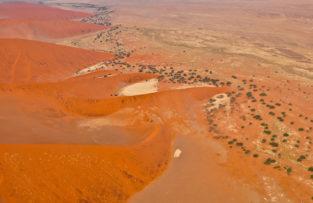 Dünenkämme, Sossusvlei, Namib-Naukluft-Nationalpark, Namibia
