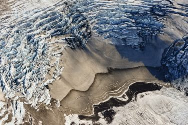 Luftaufnahme eines Gletscherfelds, Island