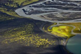 Flusslandschaft im Fjallabak, Island