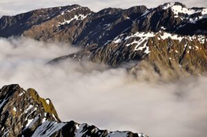 Berge im Morgennebel, Mount Cook Nationalpark, Neuseeland