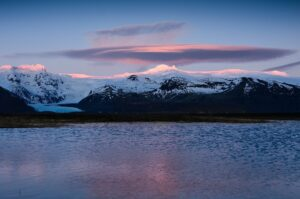 Alpenglühen über Skaftafell Nationalpark, Island