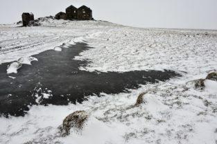 Verlassener Hof, Höfn, Island