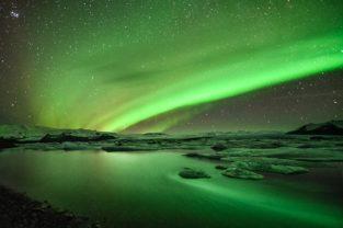 Polarlicht (Aurora Borealis), Jökulsarlon, Island