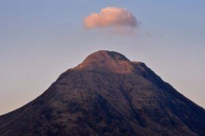 Munro und Wolke, Glen Etive, Schottland