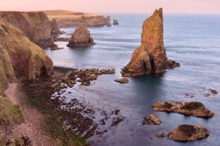 Nach Sonnenuntergang am Duncansby Head, Schottland