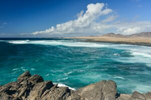 Punta del Tigre mit Blick auf Playa de Ojos, Fuerteventura