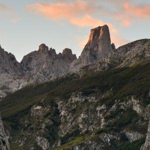 Naranjo de Bulnes und Uriello, Picos de Europa, Asturien, Spanien