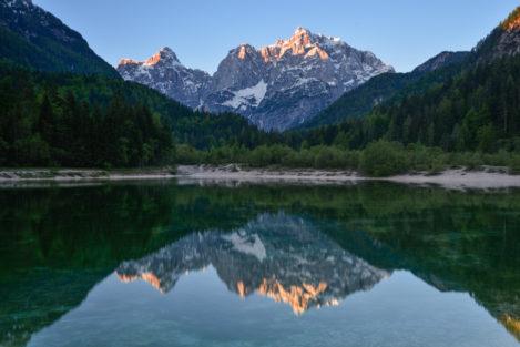 Spiegelnder Bergsee, Slowenien