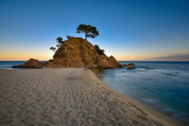 Cap Roig und Strand bei Platja d´oro, Costa Brava, Spanien