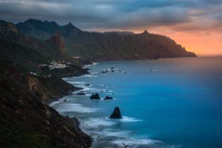 Teneriffa Steilküste bei Benijo mit Anaga Gebirge
