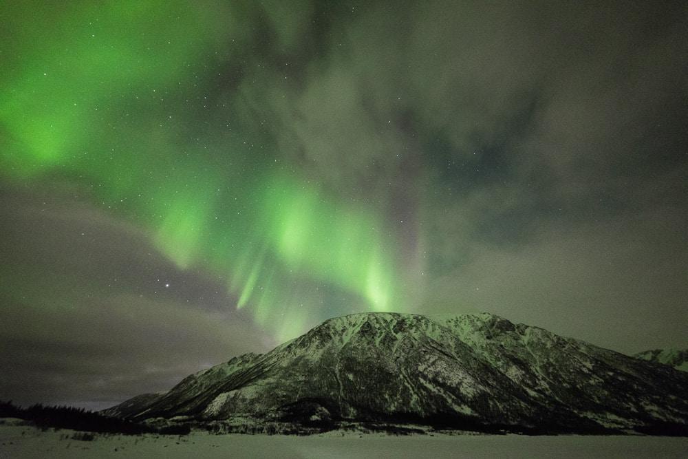Lofoten 011   Polarlichter über Bergen, Vestvågøy Norwegen, Winter, Polarlichter, Nordlichter, Landschaftsfotografie, Bilder, Fotos, Landschaften