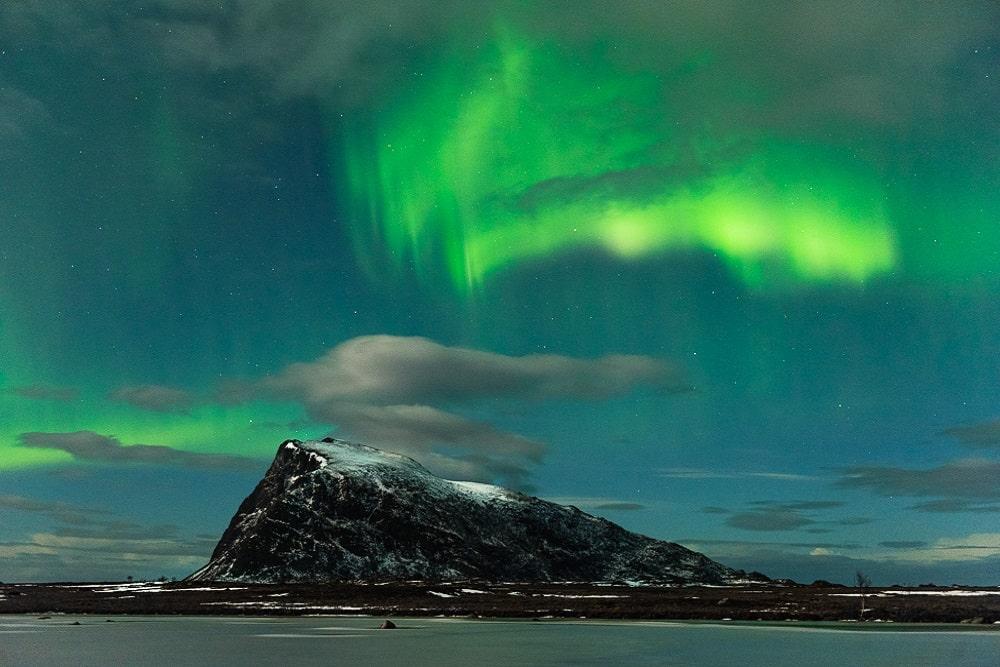 Lofoten 002 | Polarlichter (aurora borealis) über dem Berg Høven, Gimsoya| Norwegen, Winter, Nordlichter, Landschaftsfotografie, Bilder, Fotos, Landschaften