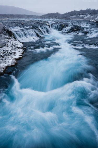 Island - Wasserfall Bruarfoss im Winter