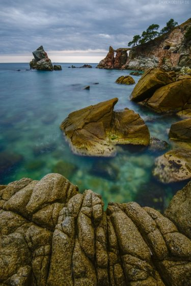 Spanien - Felsenstrand an der Costa Brava