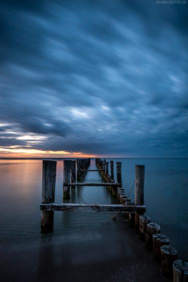 Deutschland - Bootsteg am Zingster Ostseestrand