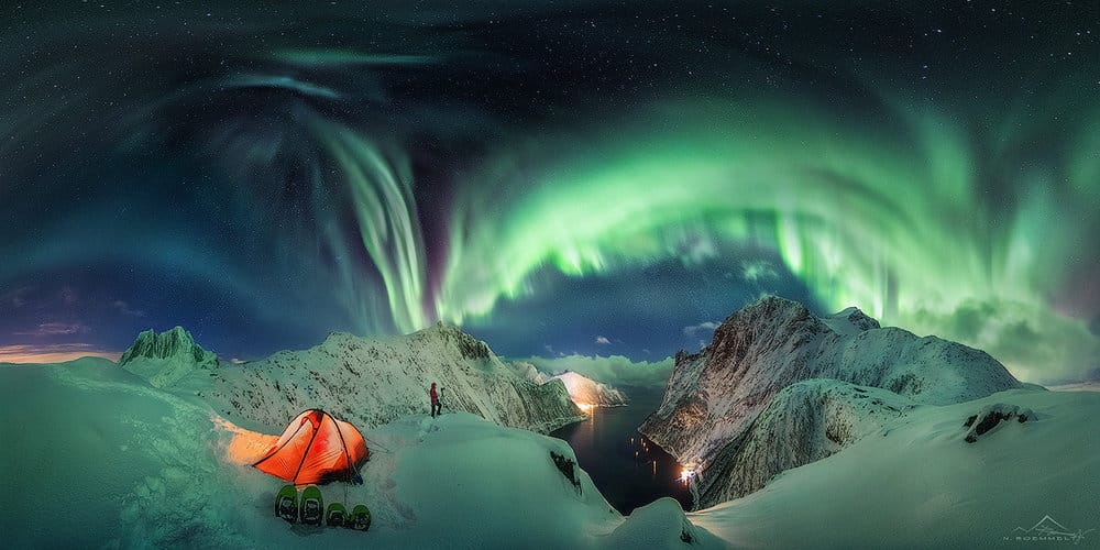The Lady in Green | (c) Dr. Nicholas Roemmelt