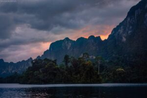Cheow Larn Lake, Khao Sok Nationalpark, Thailand