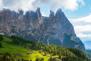 Dolomiten - Seiser Alm mit Rosszähnen