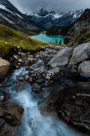 Schweiz - Wasserfall und Oeschinensee