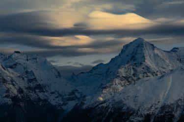 Schweiz - UFO-Wolken über der Fiescheralp