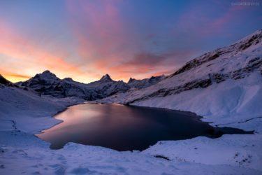 Schweiz - Landschaft mit Bachalpsee im Winter, Berner Oberland