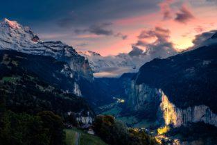 Schweiz - Lauterbrunnental mit Jungfrau und Staubachfall